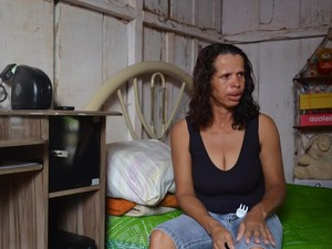 """Mãe de jovem diz que foi """"um ano muito difícil"""" sem a filha (Foto: Lauane Sena/G1)"""
