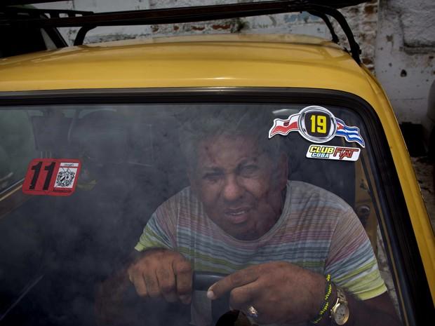 O Polski se tornou uma opção econômica para se locomover em Cuba (Foto: AP Photo/Ramon Espinosa)