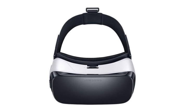 Gear VR tem compatibilidade com jogos e apps de streaming com Netflix (Foto: Divulgação/Samsung) (Foto: Gear VR tem compatibilidade com jogos e apps de streaming com Netflix (Foto: Divulgação/Samsung))