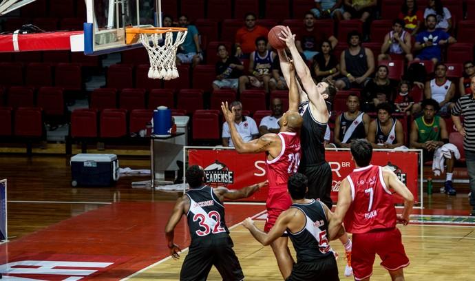 Basquete Cearense, Vasco, torneio  (Foto: Stephan Eilert )