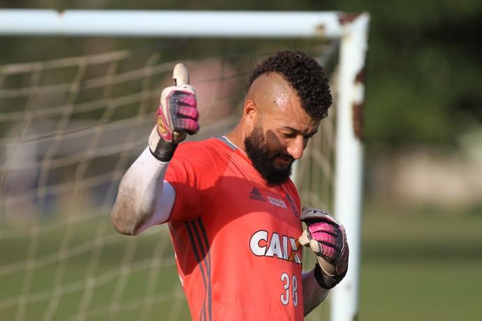 Alex Muralha treino Flamengo (Foto: Gilvan de Souza/Flamengo)