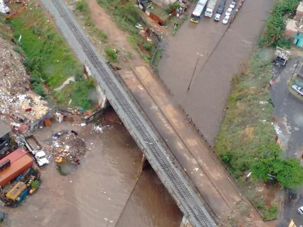 Água encobre pistas do Anel Rodoviário de Belo Horizonte (Foto: Eduardo Godinho/Arquivo Pessoal)