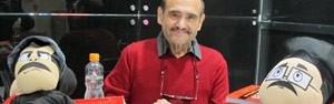 Em meio a choro de fãs, 'Senhor Barriga' lança livro na Bienal (Giovana Sanchez/G1)