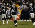 Raiders renovam contrato e seguem em Oakland por mais uma temporada