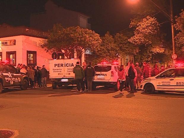 Jovem foi assassinada no bairro Cidade Baixa, em Porto Alegre (Foto: Reprodução/RBS TV)