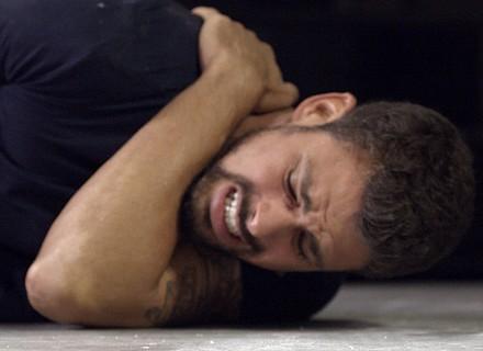 Juliano é atingido, e Atena foge