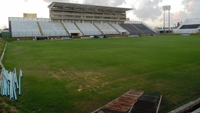 Estádio Frasqueirão - Natal - reforma (Foto: Carlos Arthur da Cruz/GloboEsporte.com)