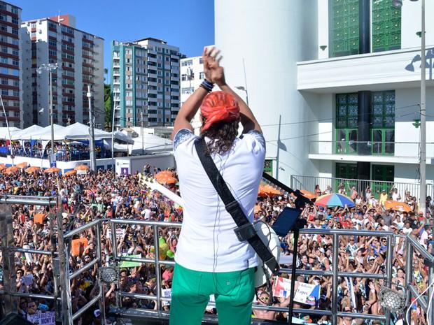 Bell Marques celebra carnaval em cima do trio na Barra (Foto: Elias Dantas/Ag. Haack)