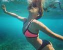 De biquíni, Blanchard curte último dia em Fiji para exibir estilo em mergulho