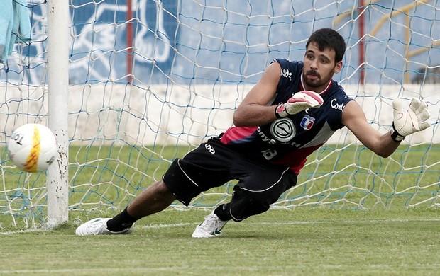Saulo em treino do Guaratinguetá (Foto: Comunicação Guará Futebol/ Comunicação)