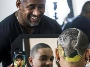 Babu cabeleireiro Neymar (Foto: Studio Babu/Divulgação)