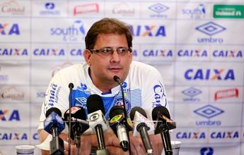"""Presidente do Bahia não critica o Inter e diz: """"A decisão é do Guto Ferreira"""""""