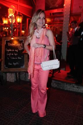 Eliana em restaurante em São Paulo (Foto: Leo Franco/ Ag. News)