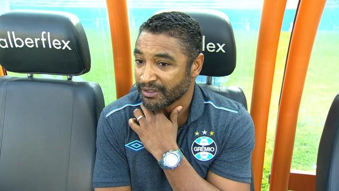 Grêmio Goiás Serra Dourada Campeonato Brasileiro 2015 Roger Machado (Foto: Reprodução/RBS TV)