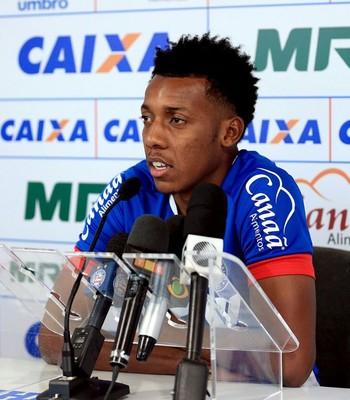 Moisés lateral do Bahia (Foto: Felipe Oliveira / Divulgação / E.C. Bahia)