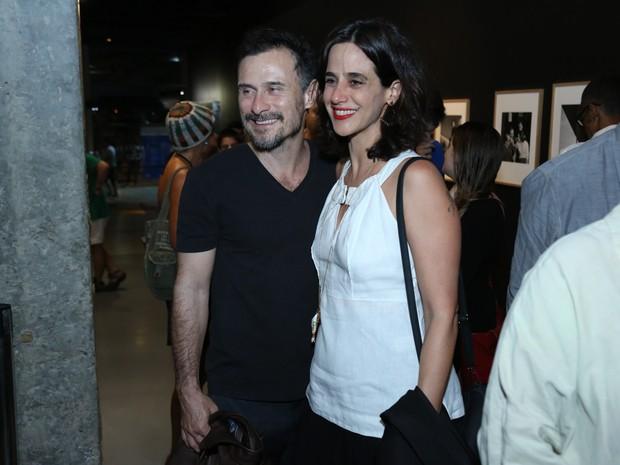 Mariana Lima e Enrique Diaz em pré-estreia de filme no Rio (Foto: Roberto Filho/ Brazil News)