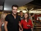 Paolla Oliveira e Joaquim Lopes vão ao cinema em São Paulo