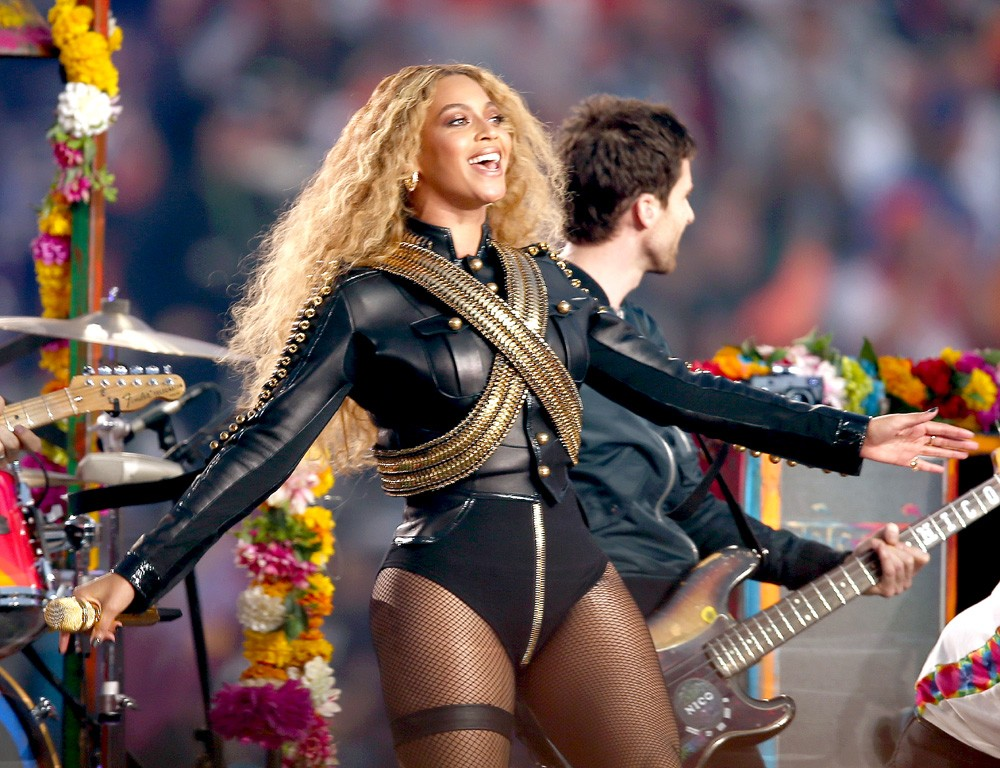 No Super Bowl de 2016, Beyoncé prestou homenagem ao cantor Michael Jackson (Foto: Getty Images)