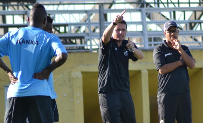 Técnico Osmar Loss Bragantino (Foto: Filipe Rodrigues)