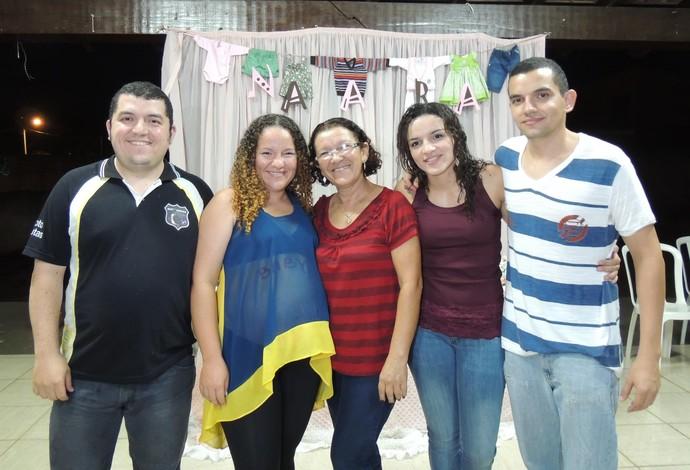 Kamila Barbosa e família luta olímpica (Foto: Arquivo pessoal)