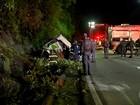 Dezoito pessoas morrem em grave acidente de ônibus em rodovia de SP