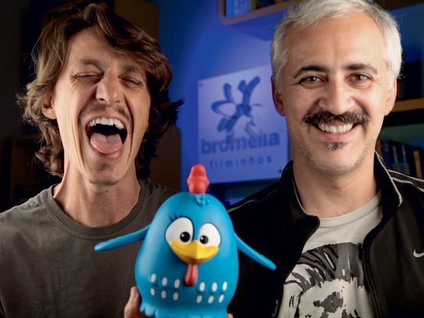 TRIO Os criadores da Galinha: os publicitários Marcos Luporini (à esq.), de 43 anos, e Juliano Prado (à dir.), de 42, sócios da Bromélia Filminhos, de Campinas, São Paulo (Foto: Divulgação)