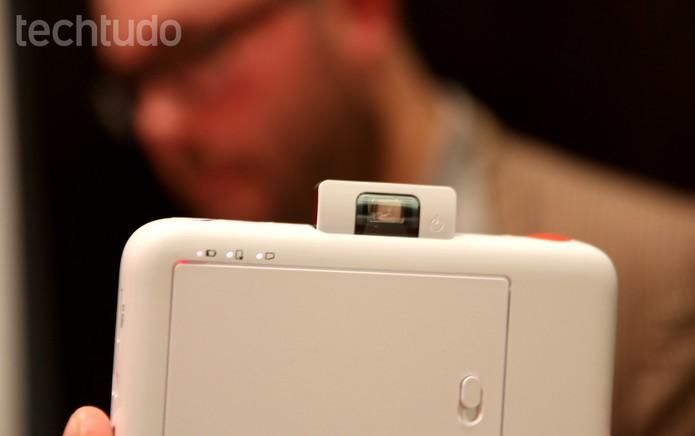 Polaroid Snap pode tirar fotos com 10 megapixels de resolução (Foto: Laura Martins/TechTudo)