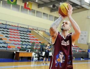 Ricardo de Bem, pivô da Liga Sorocabana para o NBB (Foto: Carlos Della Rocca/LSB)