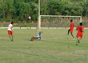 Treino Taquarussú (Foto: Reprodução/TV Anhanguera)