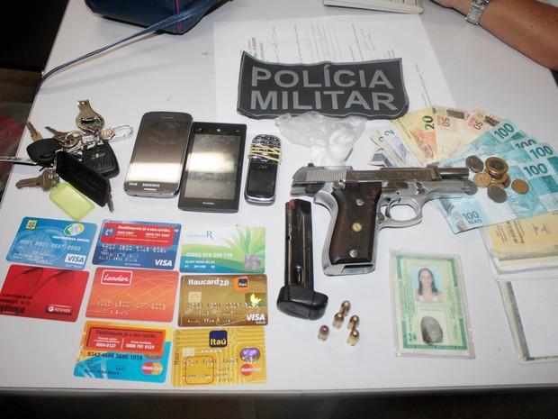 Dupla foi presa durante operação no bairro dos Guarapes, em Natal (Foto: Divulgação/ Sesed)