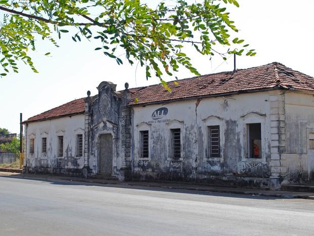 Prefeitura aguarda a concessão de prédio da antiga Estação Ferroviária (Foto: Stephanie Fonseca/G1)