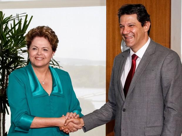 Haddad se encontra com a presidente Dilma um dia após ser eleito prefeito de São Paulo (Foto: Roberto Stuckert Filho/PR)