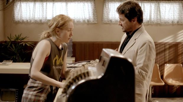 Sara reencontra Otvio Fonder, seu namorado de infncia (Foto: Multishow)