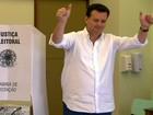 Kassab vota em SP e diz que criará equipe de transição