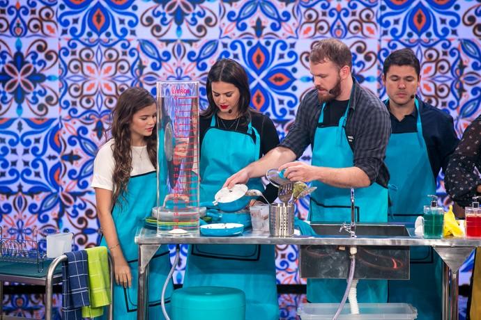Bruna gosta de fazer doces para a familia e amigos quando tem tempo. (Foto: Isabella Pinheiro/Gshow)