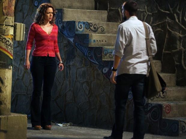 Cristina fica chocada ao ver Vicente e Maria Clara (Foto: Pedro Curi/Gshow)