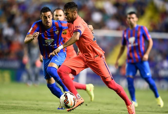 Camarasa e Neymar, Barcelona x Levante (Foto: AFP)