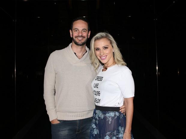 Lethicia Bronstein e o marido, Frederico Pompeu, em festa em São Paulo (Foto: Thiago Duran/ Ag. News)