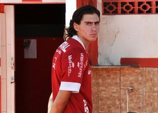 Nacho Miguel Coria e Robston, meias do Vila Nova (Foto: Guilherme Gonçalves/Globoesporte.com)