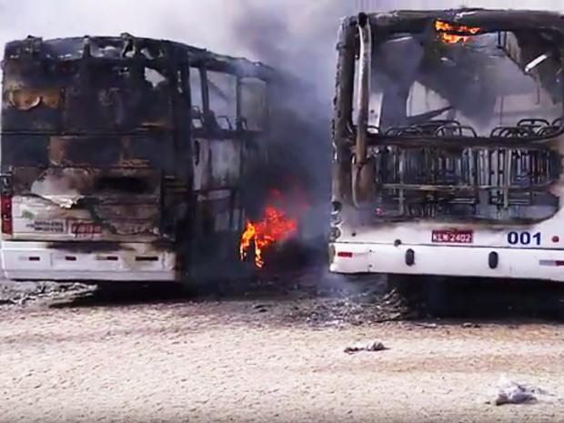 Em Natal, ônibus são alguns dos alvos dos criminosos (Foto: Reprodução/Inter TV Cabugi)