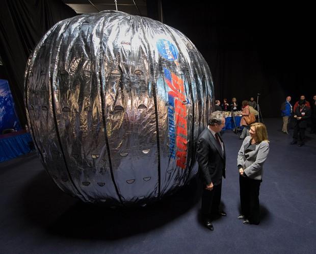 Habitat humano inflável será testado na Estação Espacial Internacional (Foto: Bill Ingalls/NASA/AP)