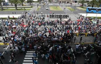 Filas e confusão: torcida do Del Valle esgota ingressos para ida da decisão