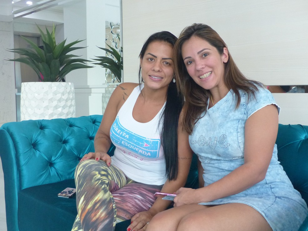 Rosangela e Suzi falam de mágoa com a Chapecoense e da decisão de permanecer em Chapecó após tragédia (Foto: Cahê Mota / GloboEsporte.com)