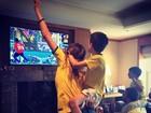 Famosos comemoram vitória do Brasil nas oitavas de final da Copa do Mundo