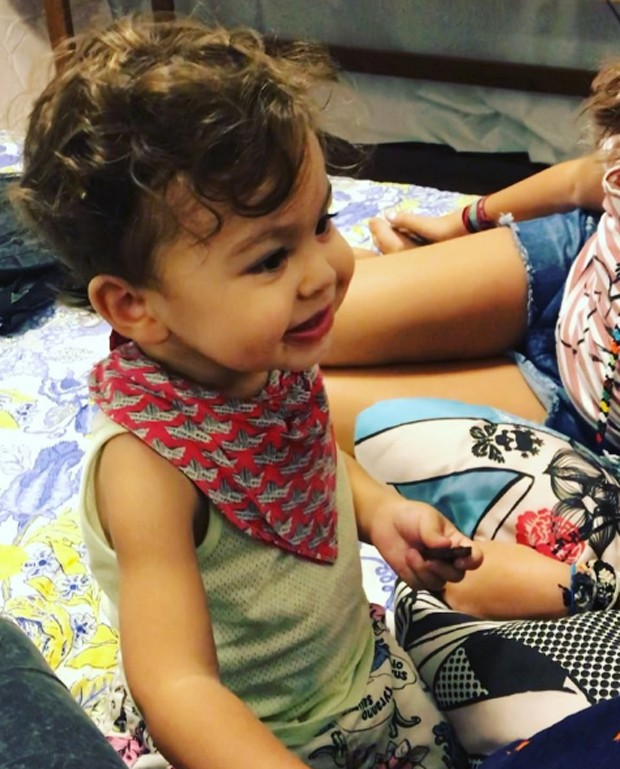Nino, filho de Bela Gil (Foto: Reprodução/Instagram)