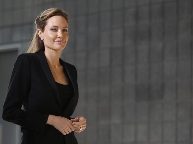 Angelina Jolie em evento em Londres, na Inglaterra (Foto: Luke MacGregor/ Reuters)