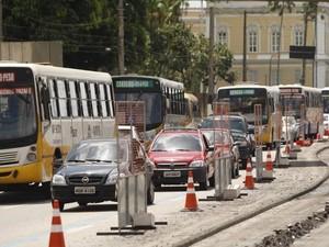 Obras do BRT na Almirante Barroso deverão ser concluídas em 2016 para melhorar o trânsito na Grande Belém. (Foto: Tarso Sarraf/O Liberal)