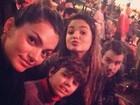 Kelly Key se diverte com a família no Cirque du Soleil