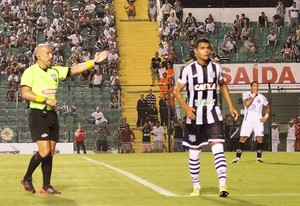 Figueirense x Joinville (Foto: José Carlos Fornér/JEC)