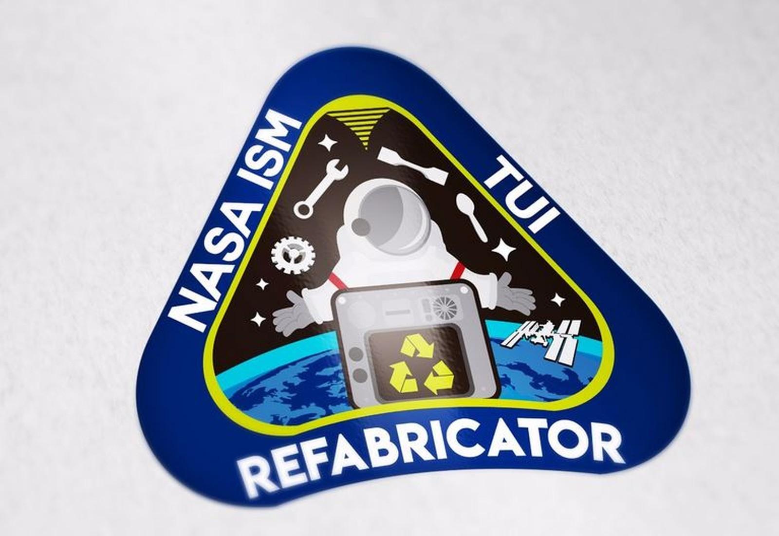 Insígnia simboliza exploração espacial, reciclagem e potencial revolucionário da impressão 3D no espaço (Foto: Acervo Pessoal)